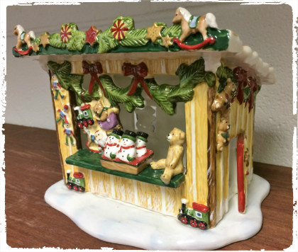 Win this Villeroy and Bosh Christmas house